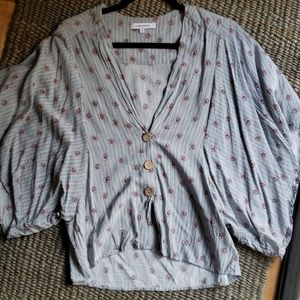 Tops - Pretty Blouse with Wooden Buttons